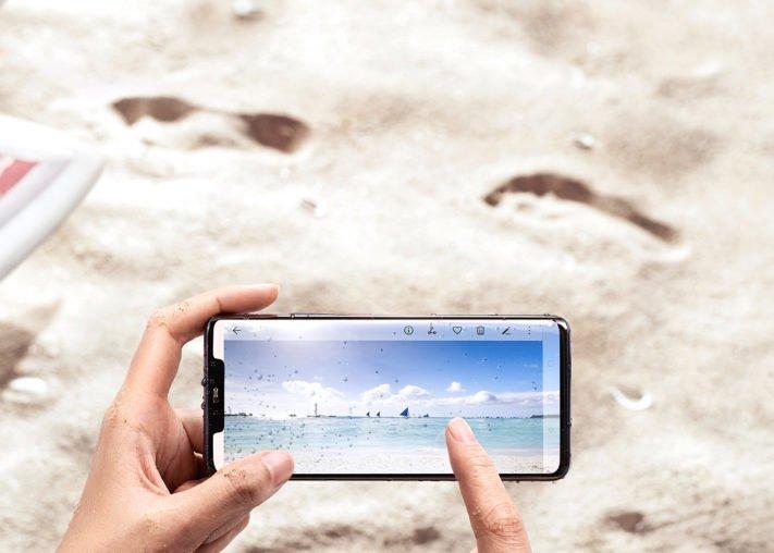 Huawei lanserar Mate 20 Pro – kan ladda andra mobiler trådlöst