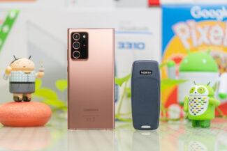 Note 20 Ultra vs Nokia 3310